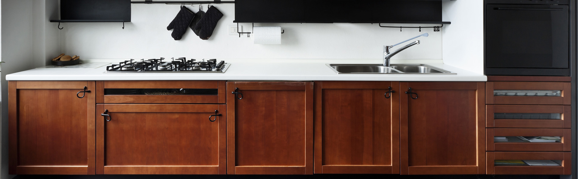 Cabinet maker in oroville ca custom countertop contractor for Lineal foot counter